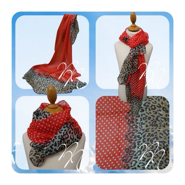 Sjaal rood polkadot met luipaard print. Op www.nocanails.nl