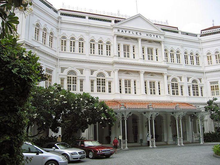 Negara Singapore seringkali menjadi destinasi akhir bagi Anda yang melakukan wisata bisnis, pribadi dan keluarga maupun wisata kuliner. Hal ini dikarenakan negara kepulauan ini dipenuhi oleh banyak budaya didalamnya. Ketika sampai di negara singa ini, wisata Anda tak akan lengkap jika tidak menyewa salah satu kamar hotel Singapore. Memberikan kesenangan tersendiri, sehingga Anda bisa leluasa ketika melakukan perjalanan liburan. Banyak sekali hotel yang mahal harga sewanya di Singapore…