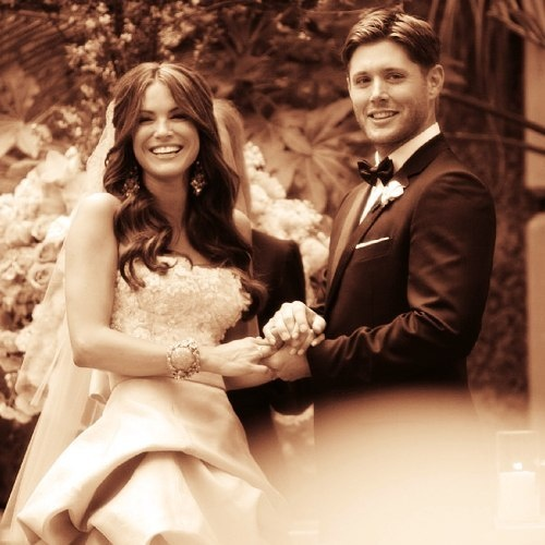 Mr. and Mrs. Ackles 2010. Did everyone from Supernatural marry someone from OTH?
