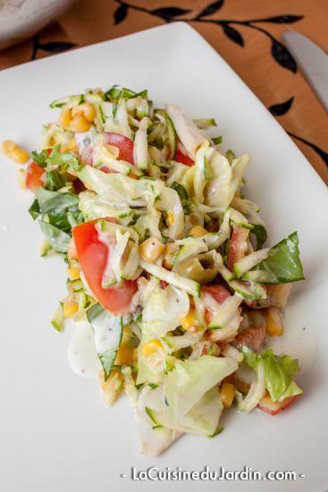 Salade composée – olive verte, maïs, courgette et tomate   http://www.lacuisinedujardin.com/recette/salade-composee-olive-verte-mais-courgette-et-tomate