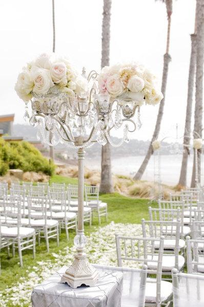 Pretty: Idea, White Rose, Floral Design, Beaches Ceremony, Wedding Ceremony Decor, Flowers, Centerpieces, Aisle Decor, Beaches Wedding