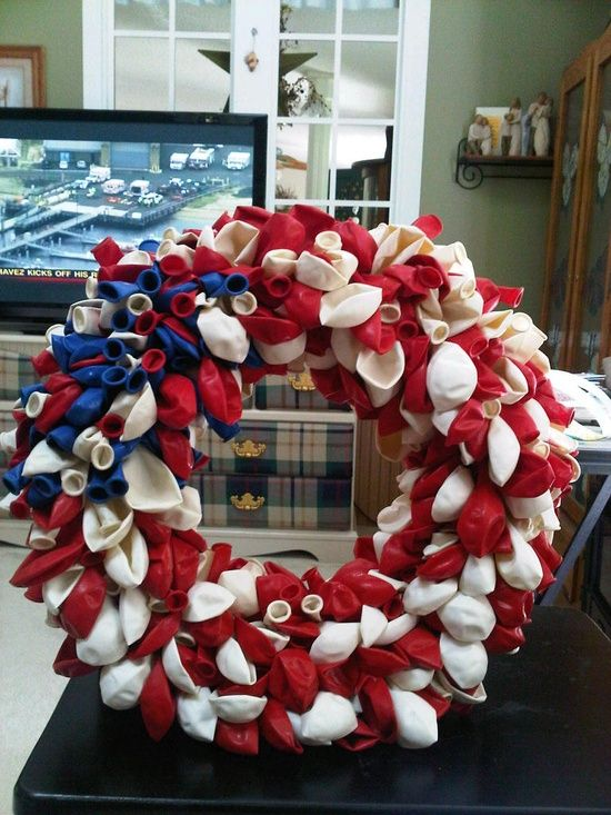 4th of july wreaths | wreaths / balloon 4th of July wreath