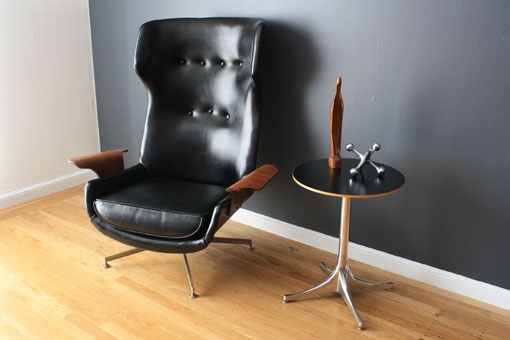 even though i'm moving, i had to have this chair. from MCMF.: Lounges Chairs, Heart Chairs, Google Search, Mid Century, Century Lounges, Lounge Chairs, Leather Chairs, Century Modern, Cool Chairs