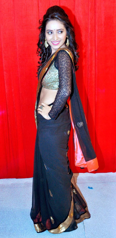 Asha Negi at 'Star Parivaar Awards 2014'. #Style #Bollywood #Fashion #Beauty