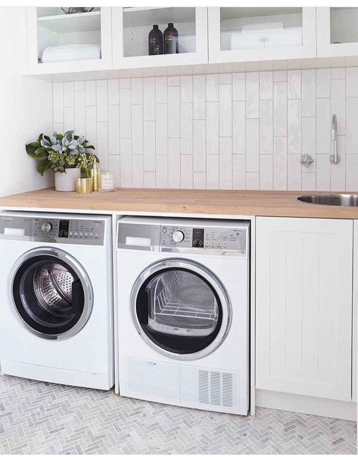 Simple white laundry