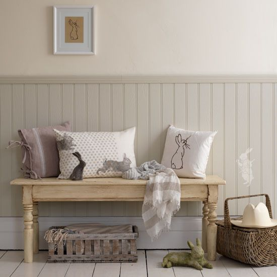 Love the beadboard, colors and the little crate under the bench.