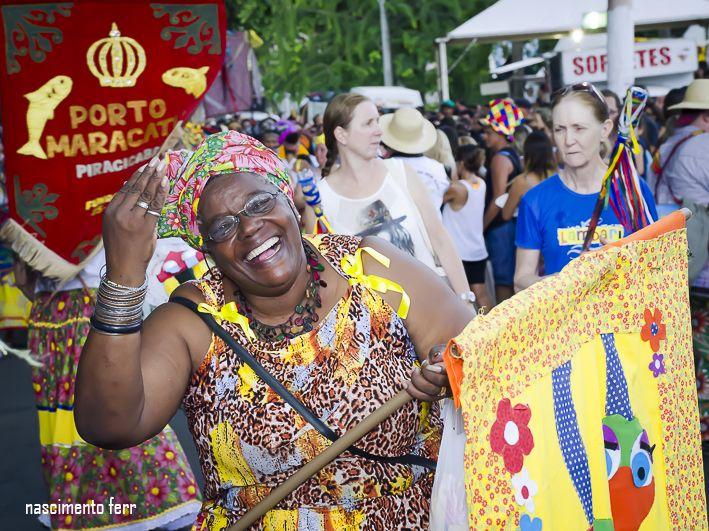 Desfile do Bloco da Ema - Porto Maracatu