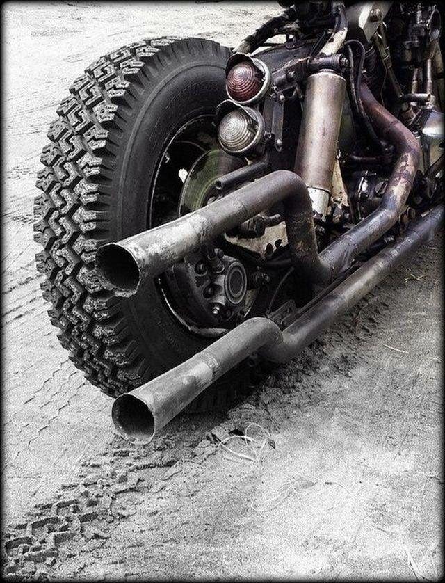 Harley Bobber Chopper : Photo #harleydavidsonbobbersratbikes #harleydavidsonbobberscustomchoppers