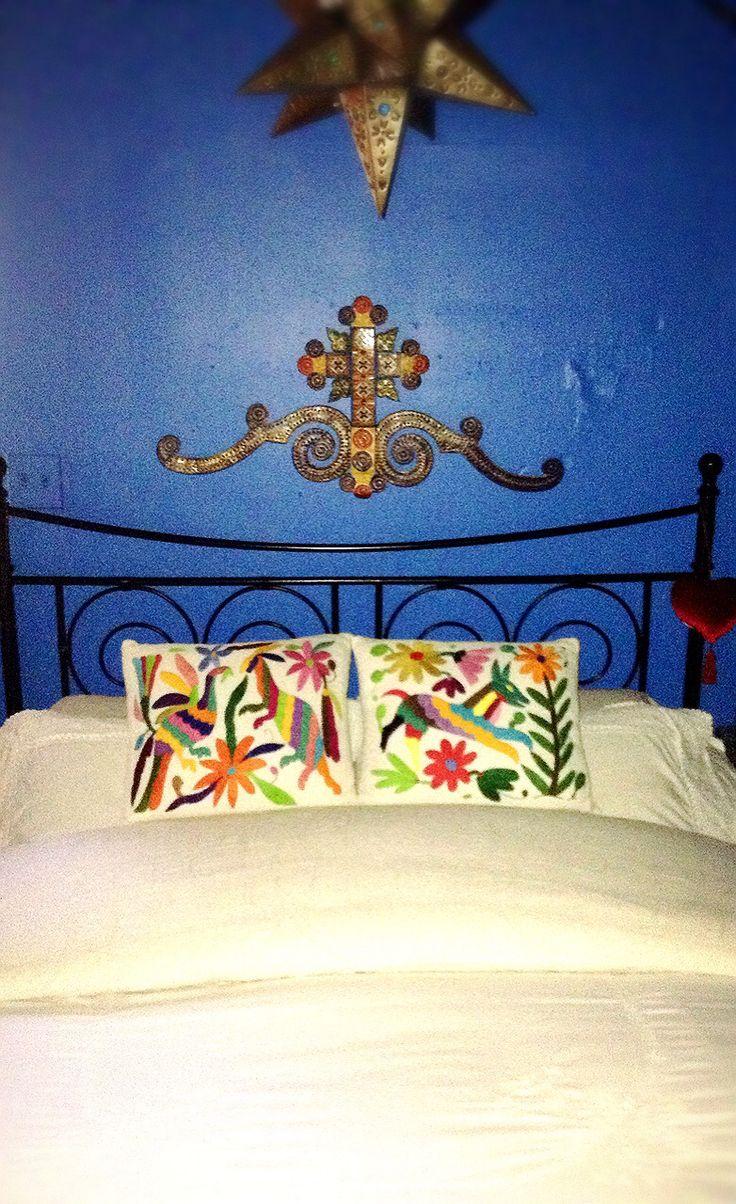 1000 images about dormitorios con onda on pinterest for Decoracion mexicana