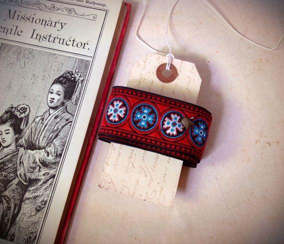 Vintage Tribal etnische borduren textiel rood en blauw lengte 2 werven