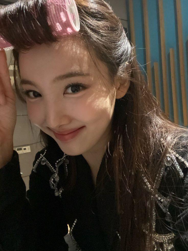 TWICE FRANCE ♡ on Twitter   Nayeon, Nayeon twice, Im nayeon