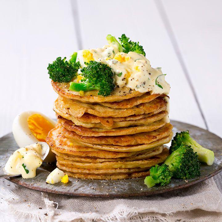 Fra nydelig spinatpannekaker til grove pannekaker med røkt kjøttpølse. Her er tre oppskrifter på sunne pannekaker du kommer til å elske!