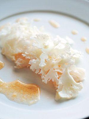 【ELLE a table】カリフラワーと白身魚のサラダレシピ|エル・オンライン