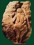 Venere di Laussel  -27 000-20 000 anni fa  -autore ignoto  -luogo di ritrovamento: Laussel, Francia -si trova a: Museo d'Aquitania, Bordeaux  incisione su pietra calcarea