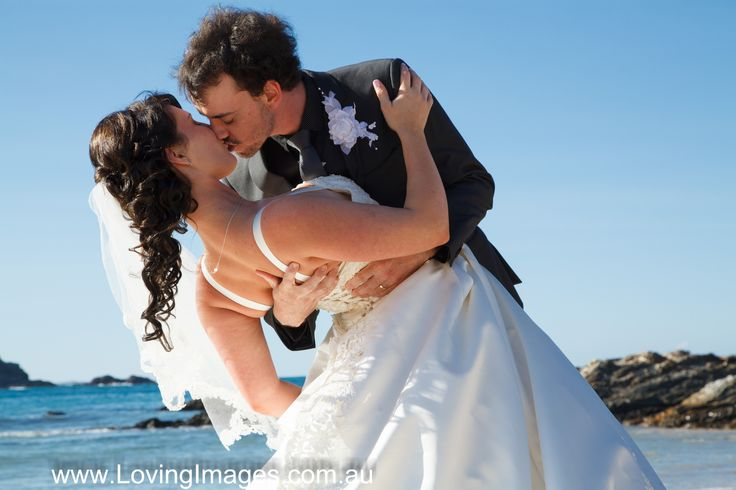 Ashleigh & Troy eloped to beautiful Coffs Harbour with Loving Images Deluxe Elopement package.