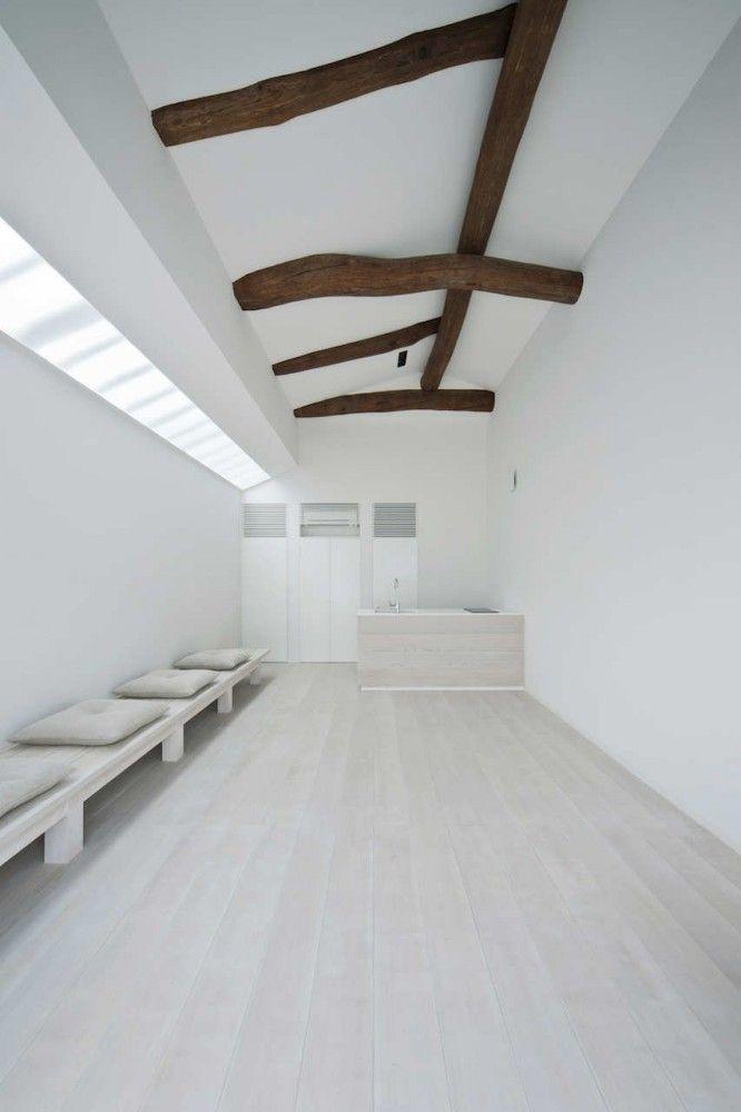 White Dormitory For Il Vento / Koichi Futatsumata