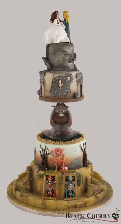 Here is wedding season done right, done Labyrinth style. Food Beast:  Tracey of the Black Cherry Cake Company has made herself a hero for 80s babies everywhere when she retold Jim Henson's puppets-on-LSD fairy tale. With a cake. It's everything a person needs in life.