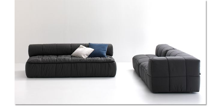 """At the beginning of the seventies Arch. Cini Boeri revolutionized the furniture market with a product range, nowadays an """"evergreen"""": the modular sofas Strips , which belong to the history of arflex. It deals of one of the most famous products, designed in1972, which awarded the prize Compasso d'Oro and it is displayed in several museums in the world, like the Triennale in Milan, in Tokyo, Moma in New York, etc….The main characteristic is a removable quilted cover. Available also as bed…"""