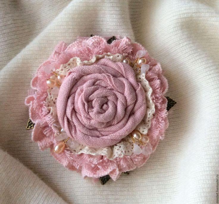 Купить Брошь Розовая мечта - брошка, брошь, брошь из ткани, брошь текстильная, подарок девушке