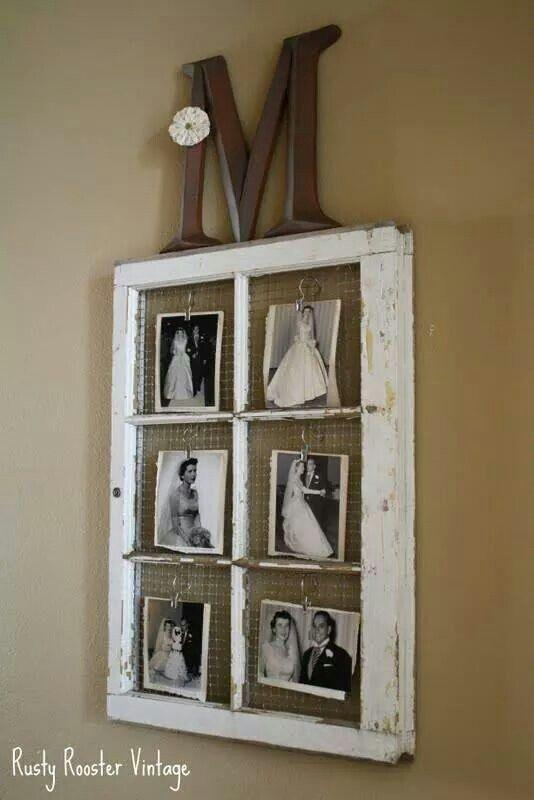 Oud raam met gaas