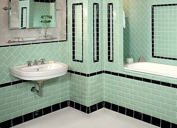 bathroom tile thirties style | 1930s bathroom tiles // Goodness, does this remind me of our old home ...