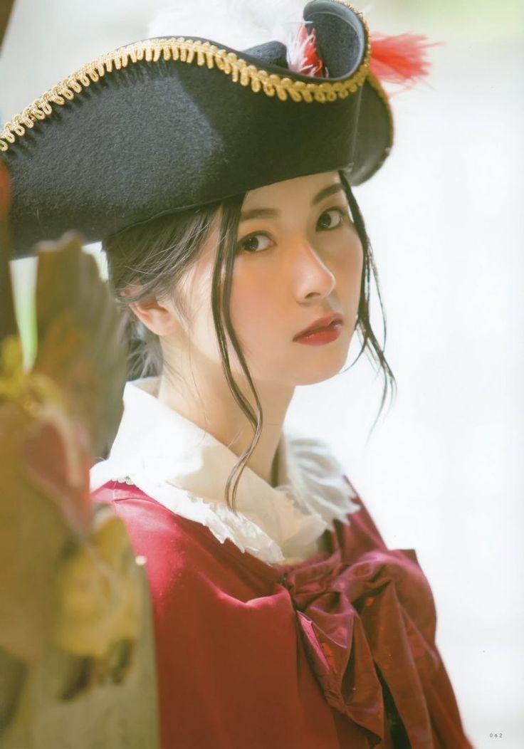 佐々木琴子さんのコスチューム