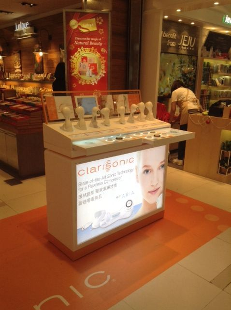 Clarisonic Display Ipad Bar Presentation Products Drawers Brushes Led Lighting Movable Lightbox Yamei Group