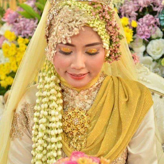Makeup Mua Beauty Bride Surabaya Sidoarjo Jawatimur Mojokerto Lamongan Jombang Madura Makeup Pins Makeup Mua B Makeup Beauty Wedding Photography