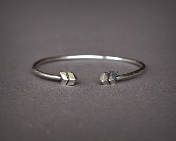Sterling Silver Chevron Bracelet, Men Cuff Bracelet or Women Cuff Bracelet, Chevron endings, Size made to order, Contemporary Bracelet