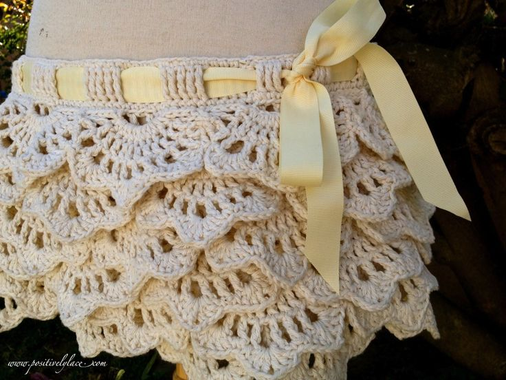The White Russian Lacy Summer Skirt. So I've been seeing a lot of those adorable crochet ruffle shorts around, and it finally dawned on me that I really wanted a crochet ruffle skirt to wear during the summer to the beach or anywhere, really. Free Pattern & Video tutorial.