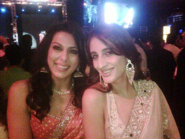 Pooja Bedi, who tweeted several pics of the Reddy wedding, with jewellery designer Farah Khan Ali.