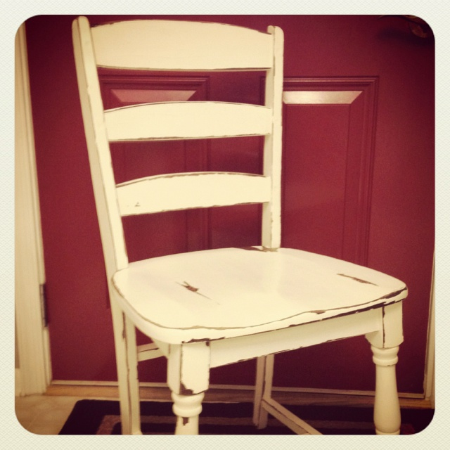 Best 20+ Distressed Chair Ideas On Pinterest
