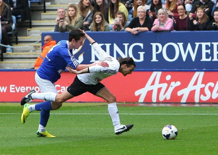 Louis at Niall's charity match 26.05.2014 #6