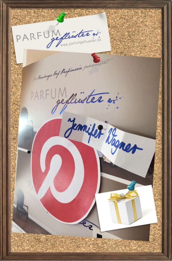 Wir haben gelost! Gewonnen hat Jennifer Wagner :) Herzlichen Glückwunsch. Bitte sende uns eine E-Mail an gefluester@parfumgefluester.de mit deinem Namen und deiner Adresse, damit wir dir deinen Gewinn zukommen lassen können. Vielen Dank. Allen anderen, danke für's Mitmachen!  #pgxmaswunschliste #repinnengewinnen #parfumgefluester #gewinnerin #gewinn #parfum #weihnachten #jenniferwagner