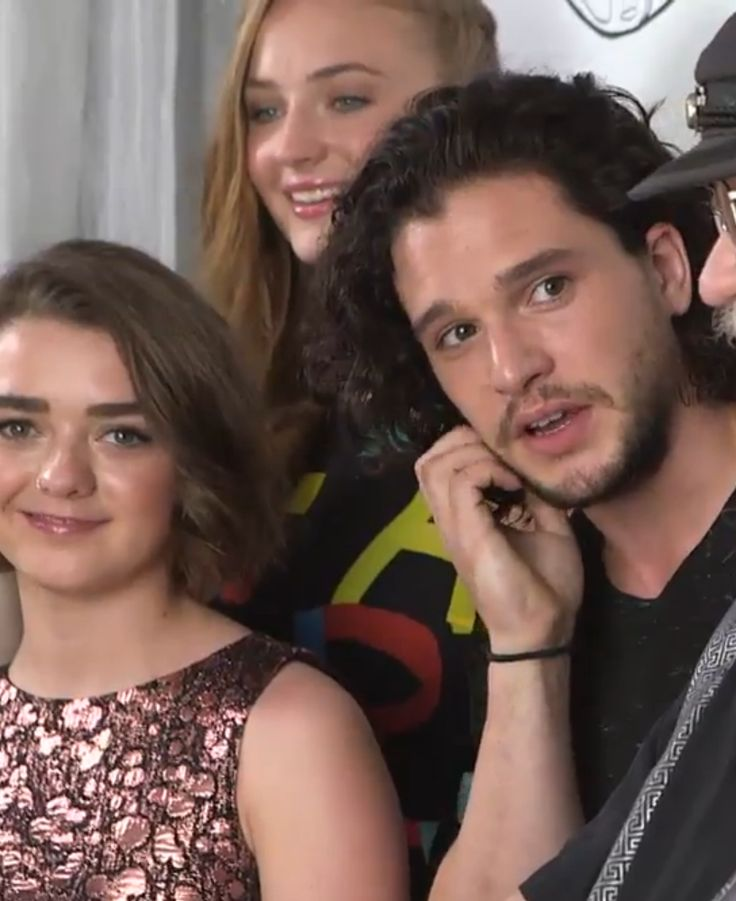 Kit Harington, Maisie Williams and Sophie Turner | The ...