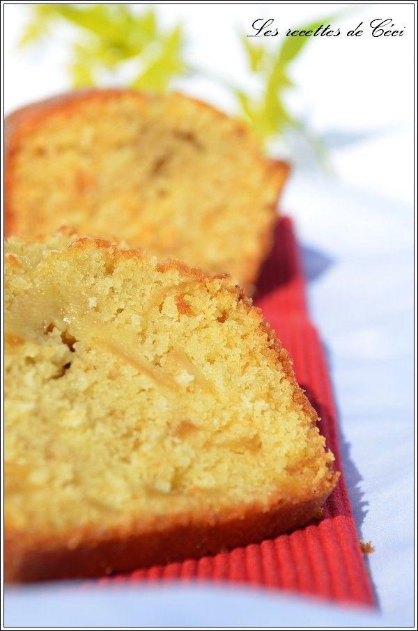 Cake aux pommes fondantes et à la noix de coco #recette #cake #fruits #facile