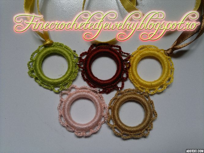 Crochet autumn necklace http://www.finecrochetedjewelry.blogspot.ro/
