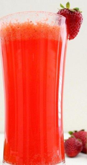 LIMONATA ALLE FRAGOLE - www.iopreparo.com: La limonata alle fragole è una bevanda dissetante,  digestiva, disinfettante, disintossicante e idratante, ricca di sali minerali e vitamina C.