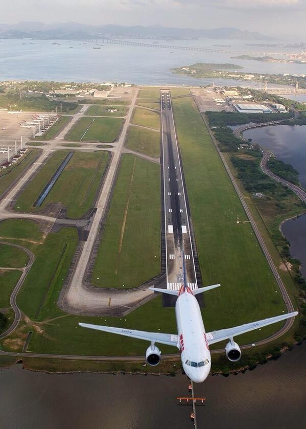 Nice view from above Rio de Janeiro Airport//