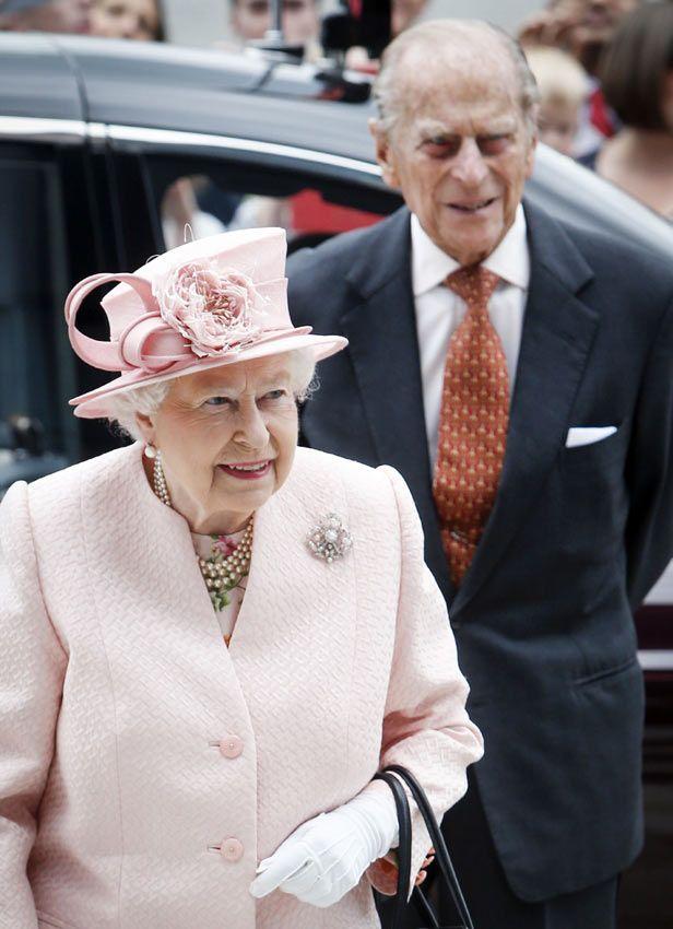 Isabel de Inglaterra y el Duque de Edimburgo al final sí ponen rumbo hacia la Navidad en Sandringham