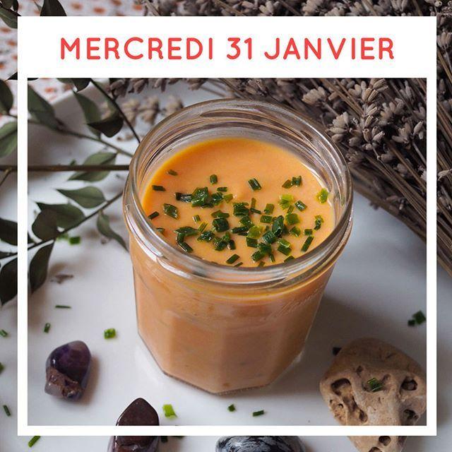 Ce soir c'est la Super Pleine Lune Rousse !    Préparez vos baguettes magiques vos pierres runiques et savourez une soupe ressourçante   Recette disponible sur lesjeudisculinaires.com    @evamelba . #witchfood #witchrecipe #fullmoon #redfullmoon #superfullmoon #esbat #rituelmagique #sorcieres #recettedesorciere #veggierecipe #veggiesoup  #veggiefood  #foodismylife #food #foodphotographer #lesjeudisculinaires #instagood #foodie #foodstagram #foodblogger #foodpics #januaryfood #januarycalendar