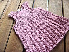 Ellis dress. Free pattern