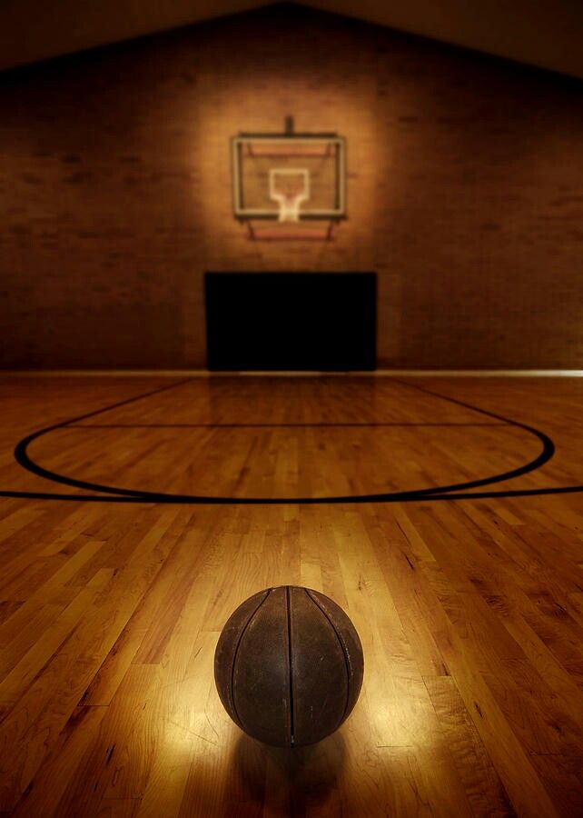 The Basketball Gym Hoop Session! Basketball/Hoop Dreams