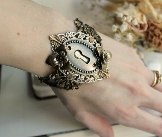 Madame Armory Cuff   by Harlequin Romantique
