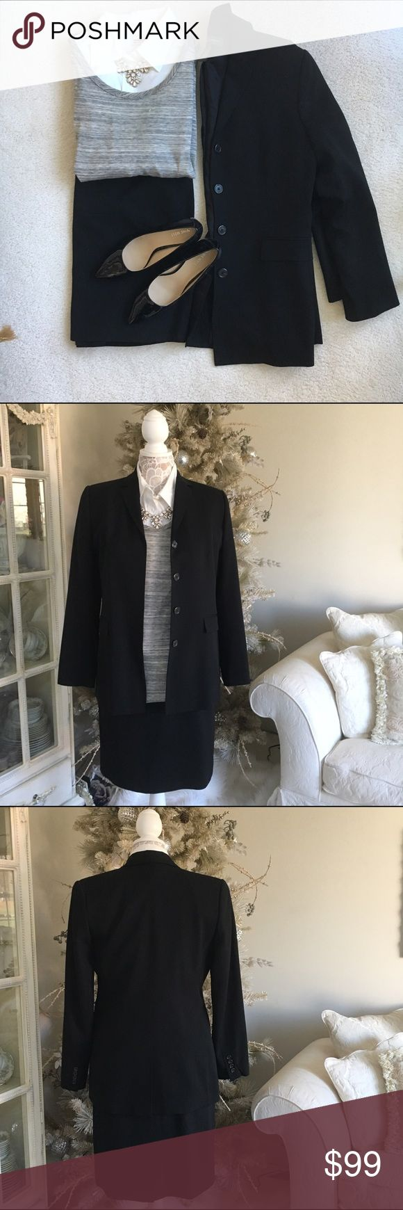 Banana Republic Suit jacket Black suit jacket in 100% wool with 100% rayon lining by Banana Republic. Jacket has two front pockets and hidden buttons. In Great condition and the matching skirt is also for sale in my closet. 🚫trades Banana Republic Jackets & Coats Blazers