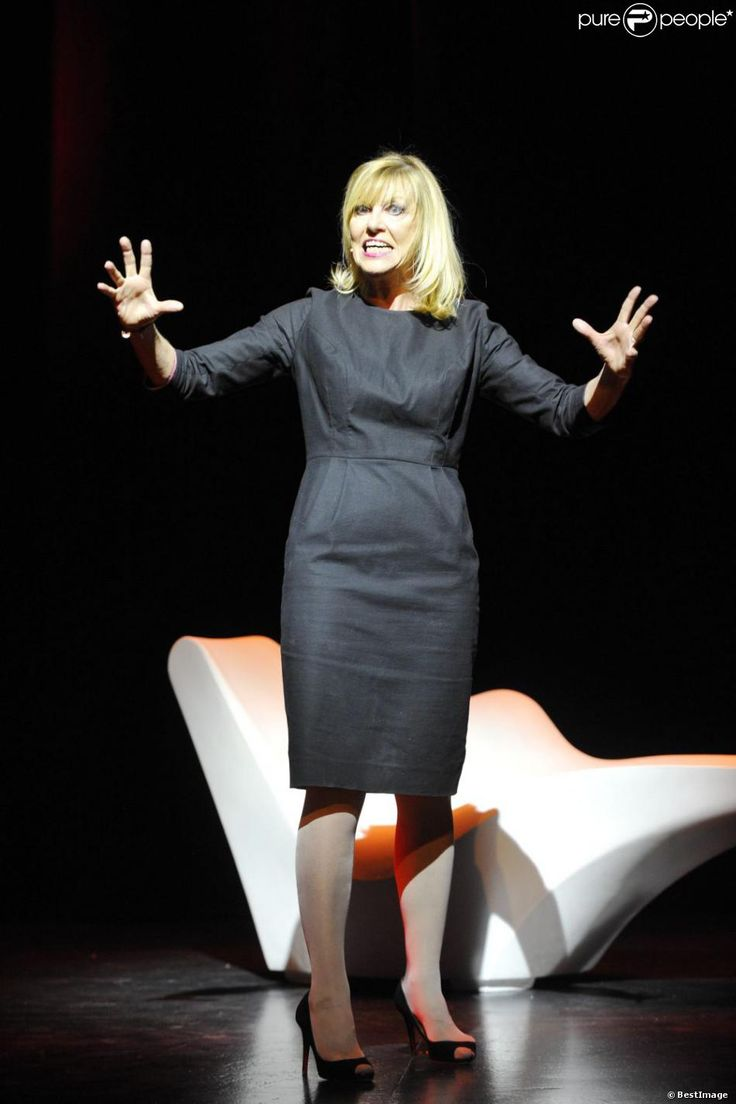 Chantal Ladesou lors du filage de son spectacle J'ai l'impressionq ue je vous plais... Vraiment, au théâtre des Bouffes Parisiens, à Paris, en 2011.