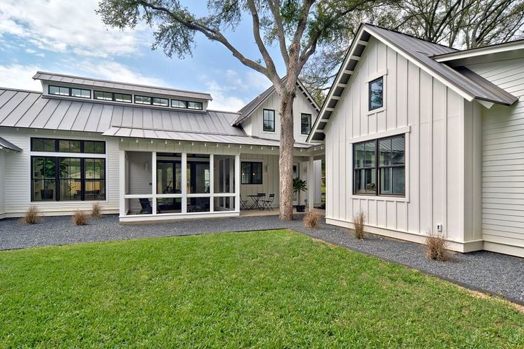 Modern Farmhouse Exterior- Tim Brown Architecture