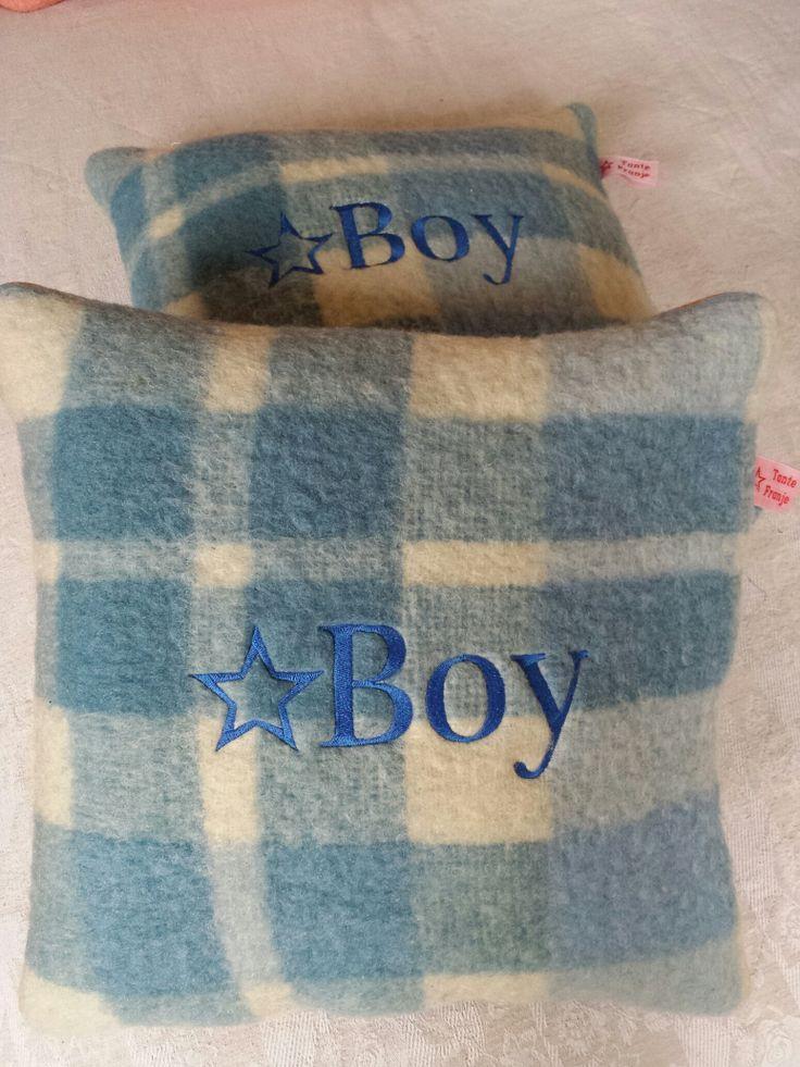 Een kraamkadootje gemaakt van een zachte vintage deken.