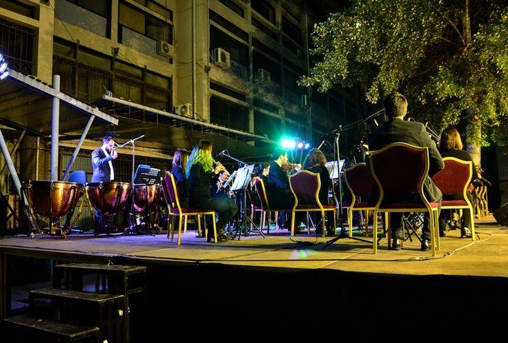 Μουσική κάτω απ΄τα αστέρια - http://parallaximag.gr/thessaloniki/maties-ston-poli/mousiki-kato-ap%ce%84ta-asteria