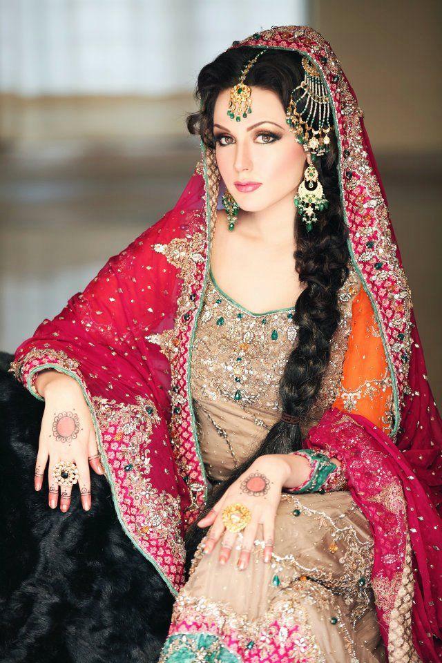 #Beautiful Indian Brides  #NoelitoFlow  Instagram.com/lovinflow    Please Follow and Repin! Thanx!! =)